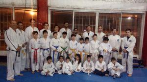 Escuela Uruguayense de Taekwon-do 30 años forjando el camino. Martes y jueves Club Ri vadavia 20hs infantiles y adultos Instructor Mario Wetzel 6 dan