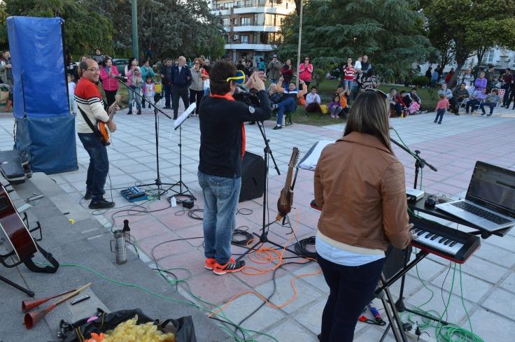música en las plazas (1).jpg