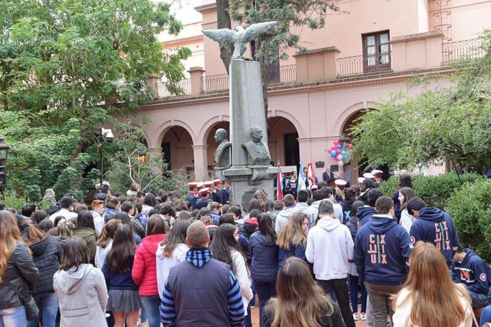 Aniversario Colegio (10).JPG